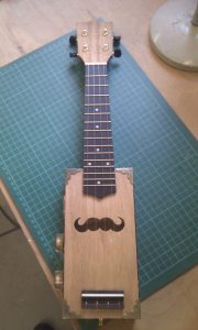 The Chapulele from Stringit & Strumit